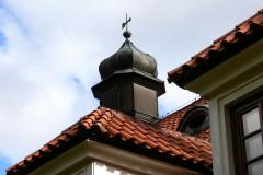 Skalka-klaster-strecha